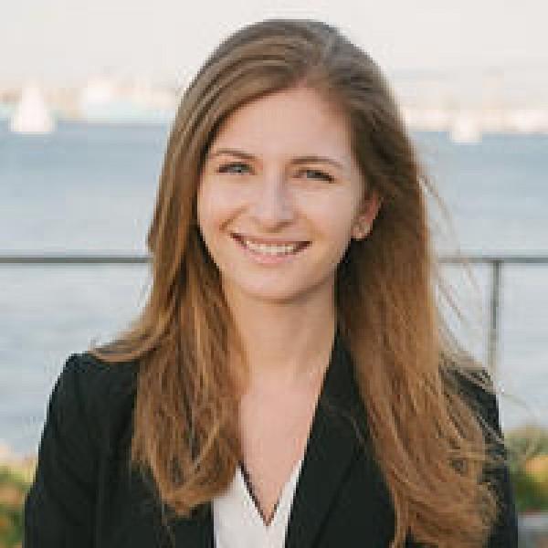 Nicole Garizio